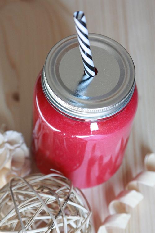 Rote Bete Mango Protein Smoothie