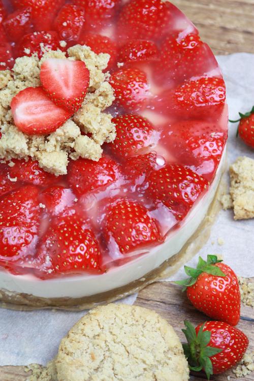 Veggietale Blog Archive Erdbeer Quark Kuchen Mit Haferkeksboden
